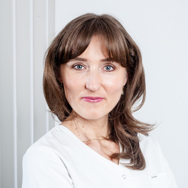 Анна Хоссманн
